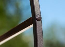 Винтовое соединение деталей арки