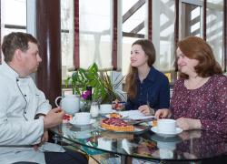 """Интервью про кафе и мебель """"Найди"""""""