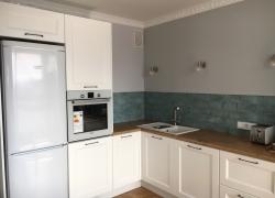 Кухня скандинавского стиля с фасадами МДФ, покрытыми эмалью, модель Рим.