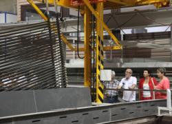 Мощности завода позволяют производить 300 тонн продукции в месяц.