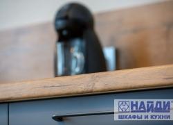 Столешница с древесной текстурой