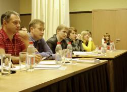 в свою насыщенную лекцию Игорь Борисович успевал вставлять смешные примеры, позволяющие крепко запомнить важные моменты