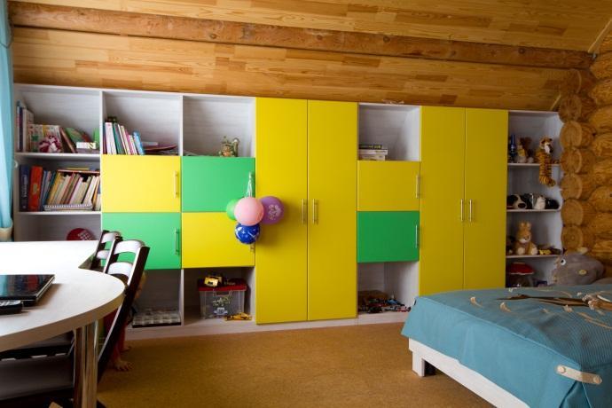 украсить фасад шкафа можно с помощью нанесения рисунков Bonarty