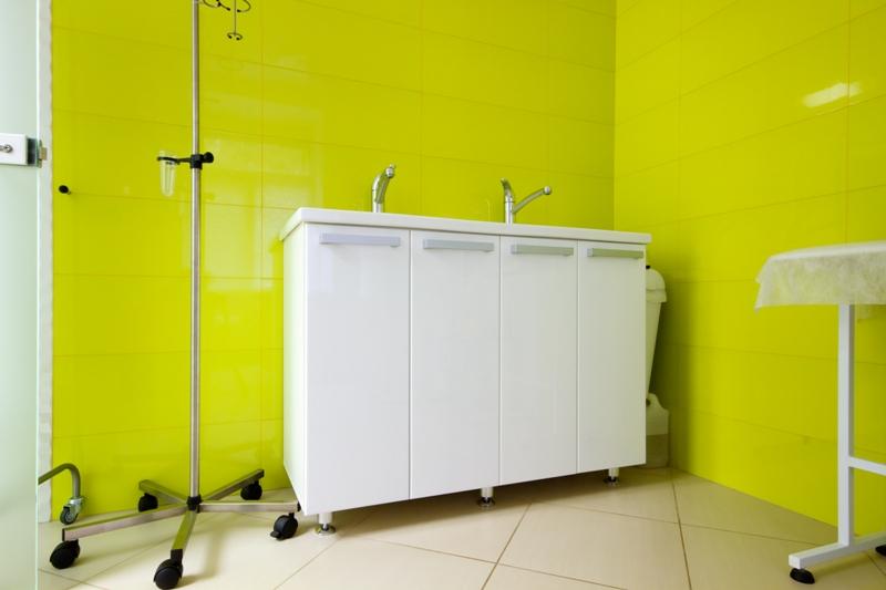 Шкафчик для мойки. Выполнено по индивидуальным размерам. Дверцы шкафа – эмаль глянец