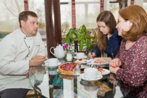 Тинюков Дмитрий - клиент компании Найди, владелец кафетерия, ателье и парикмахерской ДЕЛАС в Ленинском районе Ижевска